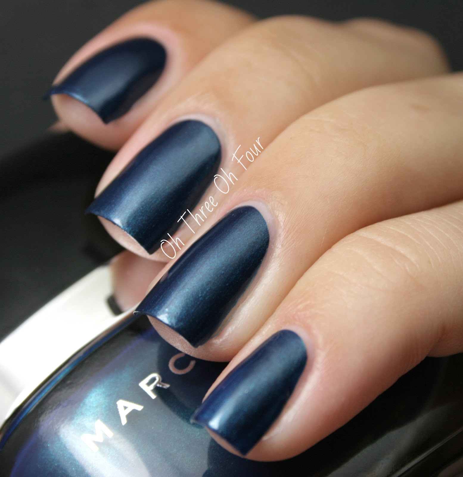Oh Three Oh Four: Marc Jacobs Beauty Nail Lacquer Blue Velvet
