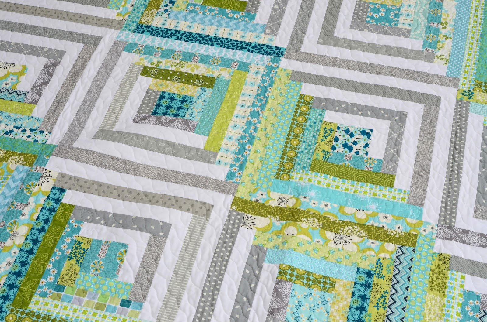 Hyacinth quilt designs my modern log cabin