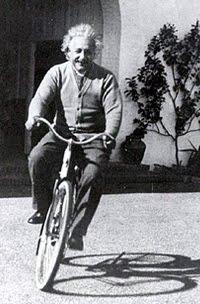 Bicicleta, coisa de gênio!