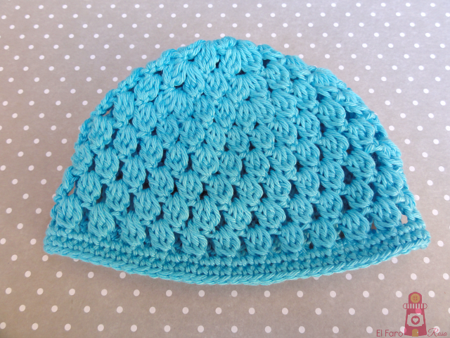 crocheted hat for blythe