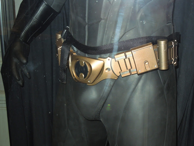 Batman Begins Batsuit utility belt