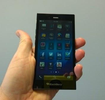 Blackberry Z3 Harga dan Spesifikasi BB Z3