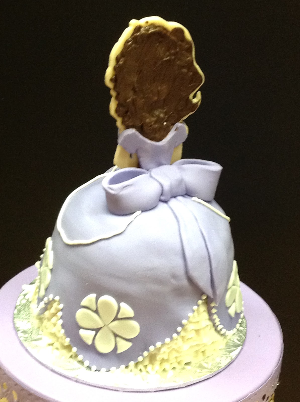 Cake Images Of Sofia The First : Plumeria Cake Studio: Sofia the First Cake and Cupcakes