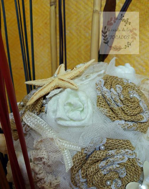 bouquet vintage para novia totalmente artesanal con tela, broches y detalles marinos