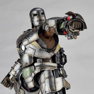 Kaiyodo Revoltech Iron Man Mk I Figure