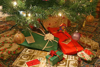 presents, tree, wrapping paper, christmas, nostalgia