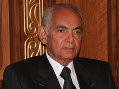 منصور حسن