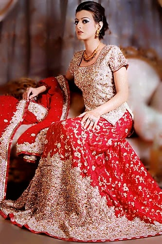 new-classical-bridal-dress-2015