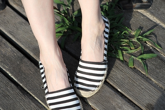 The Wind of Inspiration Outfit of the Day Post - Weekend Uniform - Etienne Aigner Striped Black and White Espadrilles
