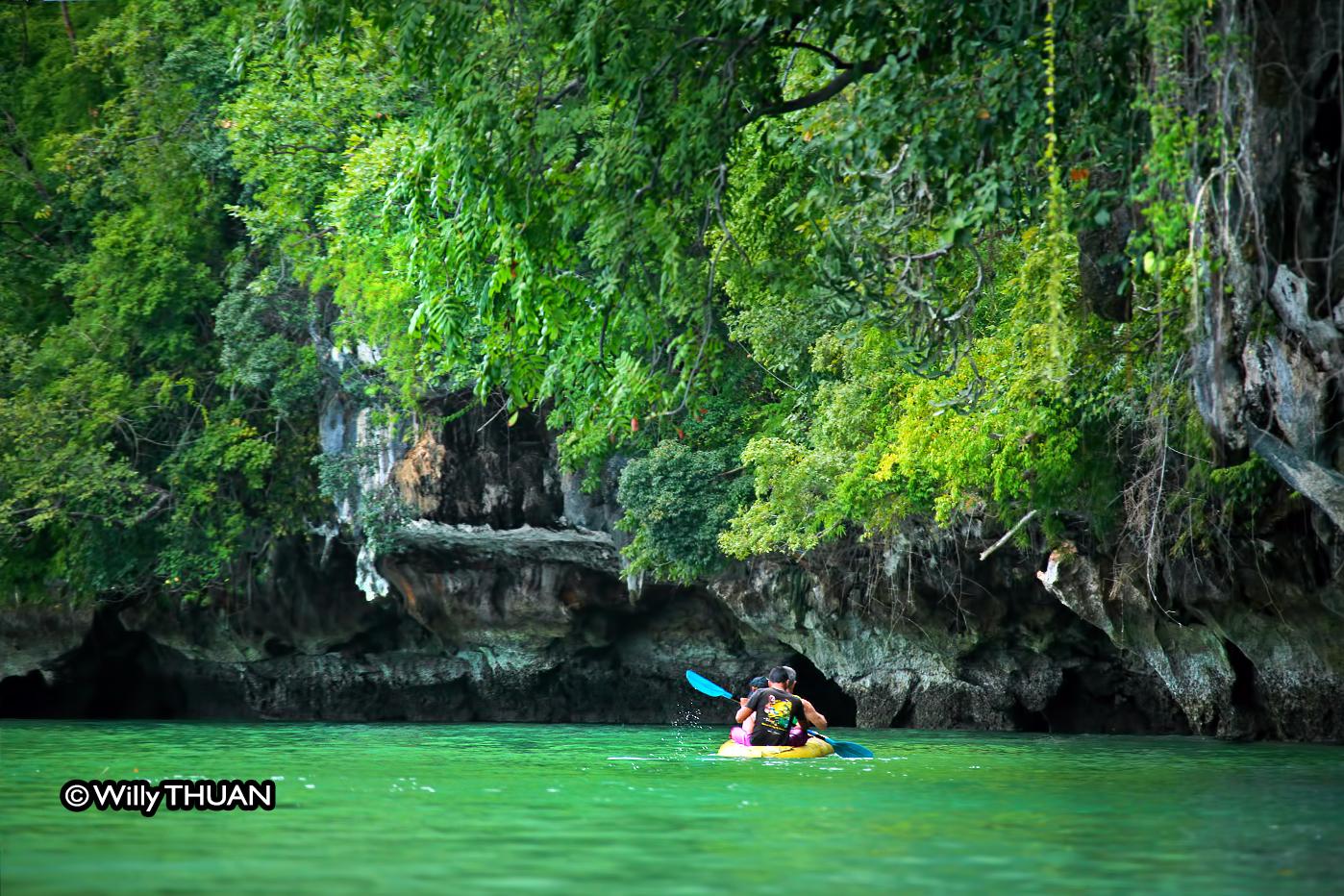 Kayaking in Phangnga