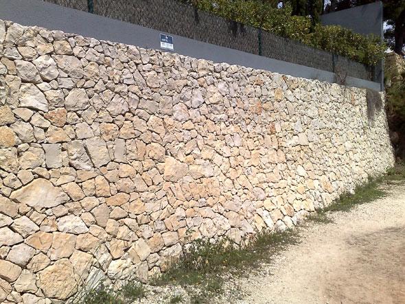 Muro de contención mampostería de piedra