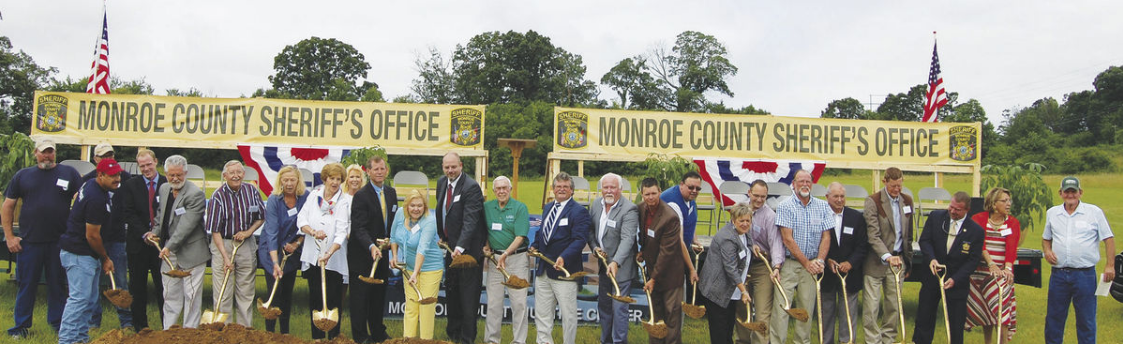 Mayor Yates refuses to stand next to sheriff Tommy Jones at groundbreaking ceremony