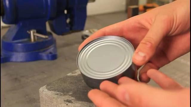 Comment ouvrir une canne sans ouvre boite, la technique ultime