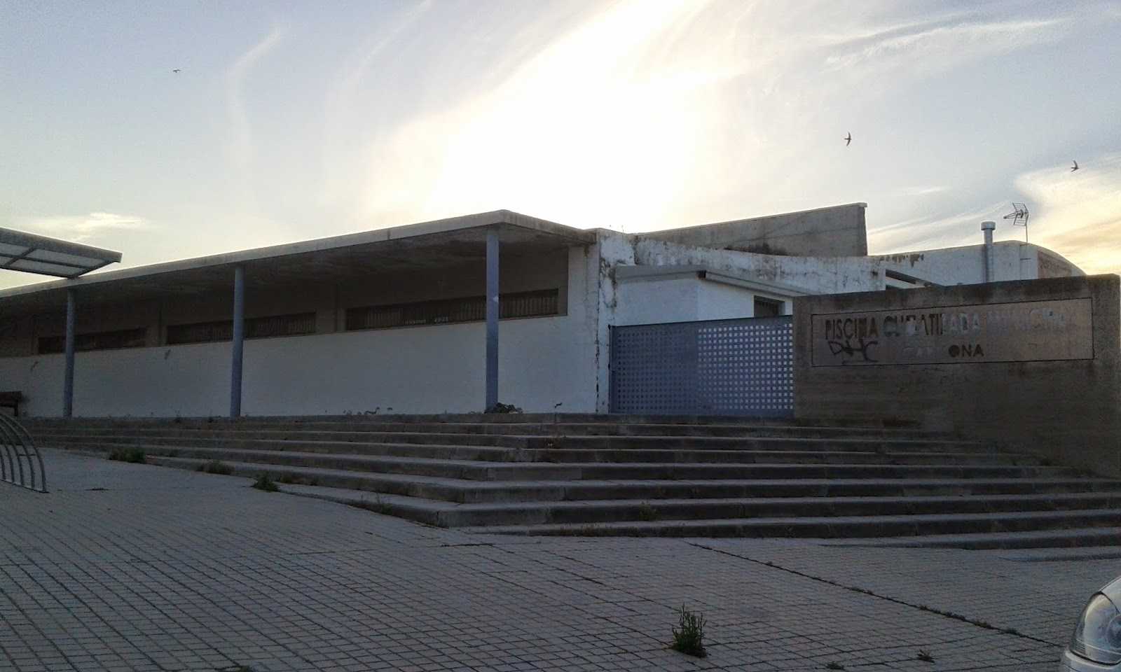 Socialistas de carmona el psoe insta a juan vila a for Piscina municipal avila