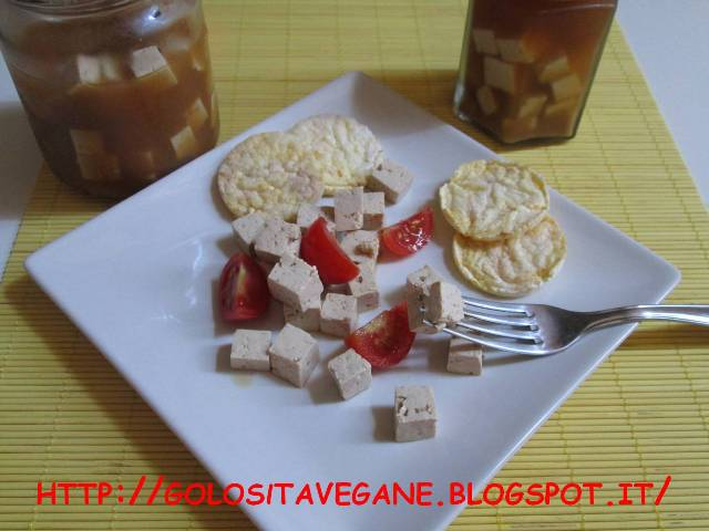 aceto di mele, Conserve, feta, Formaggi vegetali, lievito alimentare in scaglie, miso, paprika, Preparazioni di base, tofu,
