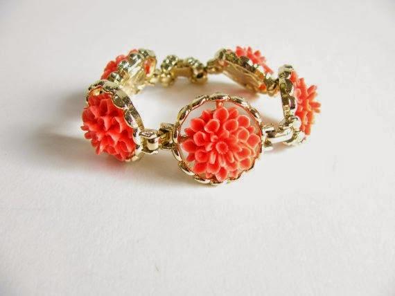 https://www.etsy.com/listing/163811121/sale-vintage-flower-bracelet-vintage-60s?ref=favs_view_8