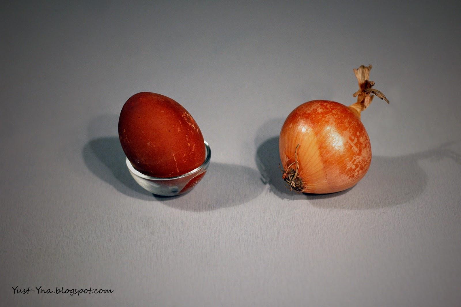 Farbowanie jajek cebulą