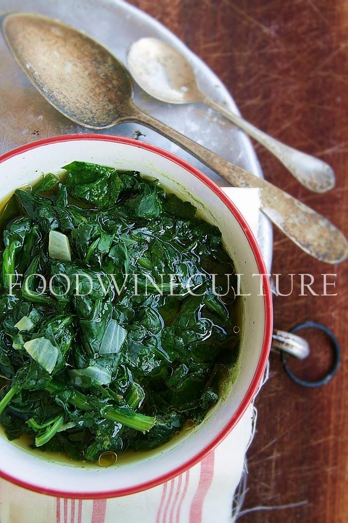 Zuppa agli Spinaci con Cipolle Bianche
