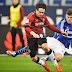 Pontapé em adversário rende 6 jogos de suspensão a Huntelaar