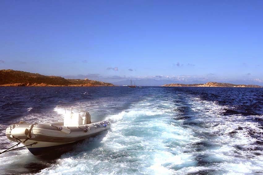 Au loin la côte Est de la Corse