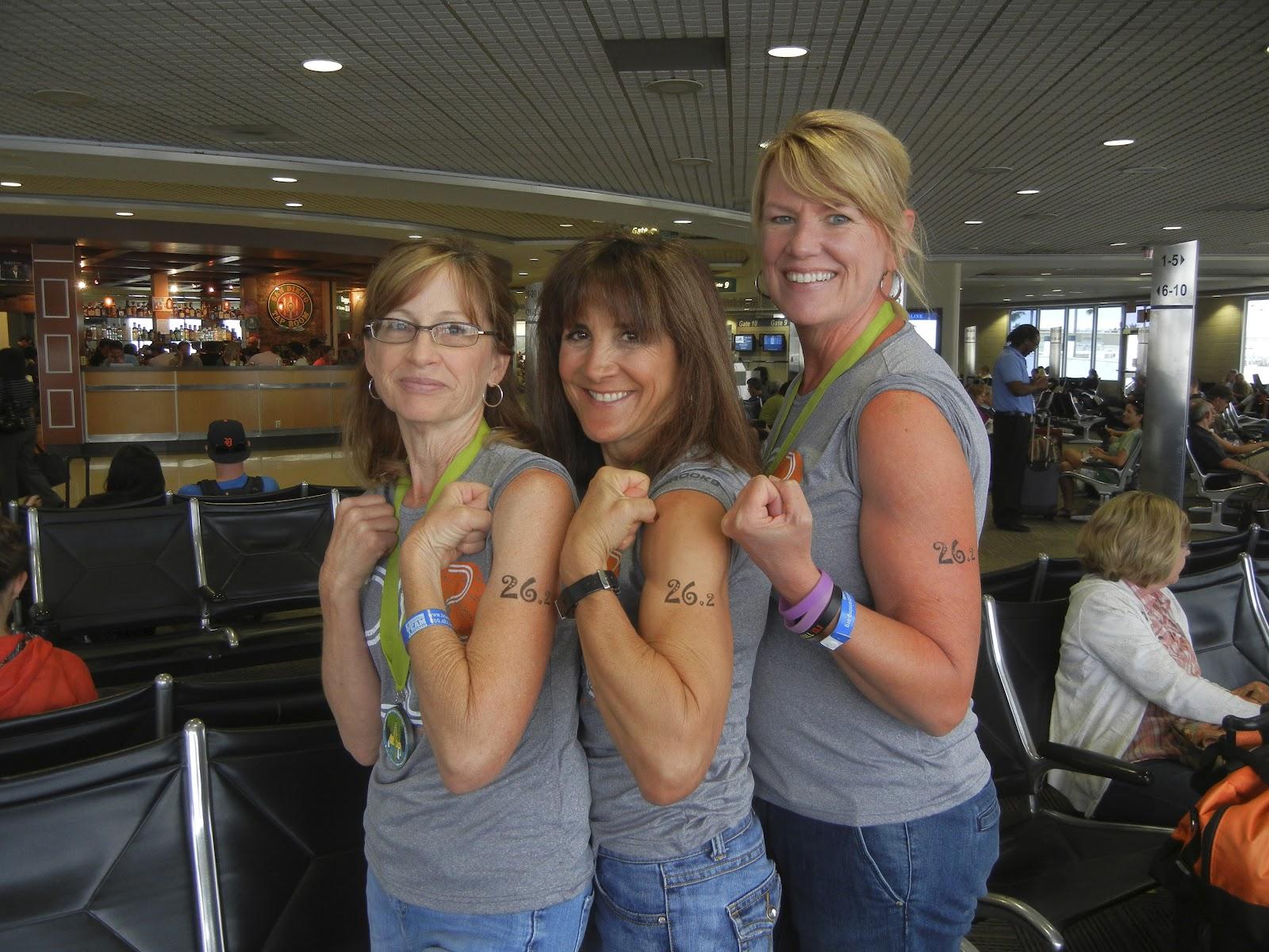 http://1.bp.blogspot.com/-_HyXwHo552Q/T-AAgChVOWI/AAAAAAAAASk/zWaAWZsi6to/s1600/262_tattoo_girls.jpg