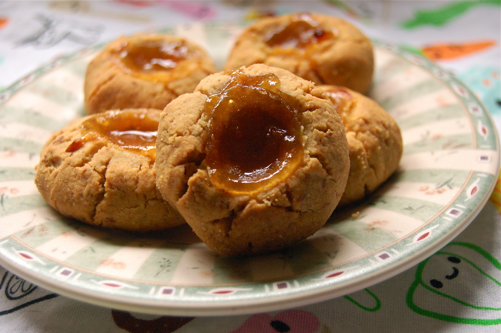 Stevia-Sweetened Grain-Free Thumbprint Cookies with Apricot Preserves