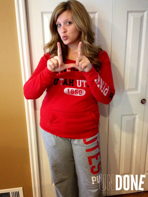 {The Undone Blog} Real Life Mom Fashion - Game Day Attire - UTES