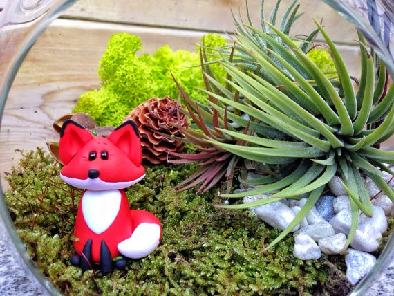 https://www.etsy.com/listing/177825207/handmade-fox-and-air-plant-moss?ref=shop_home_active_18