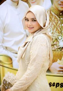 Baju Muslim Artis Siti Nurhaliza