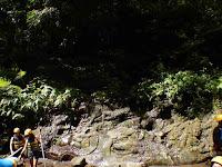Rock raeved at Ayung river rafting