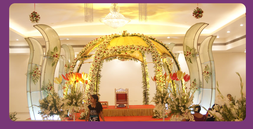 A wedding planner indian wedding hall shaadi mandap for Wedding hall decoration photos