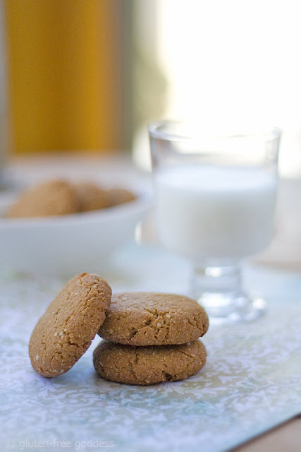 Gluten-Free Peanut Butter Quinoa Cookies