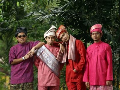 Malaysia, Berita, Gossip, Selebriti, Artis Malaysia, 6ixth Sense, lahirkan, Sakura