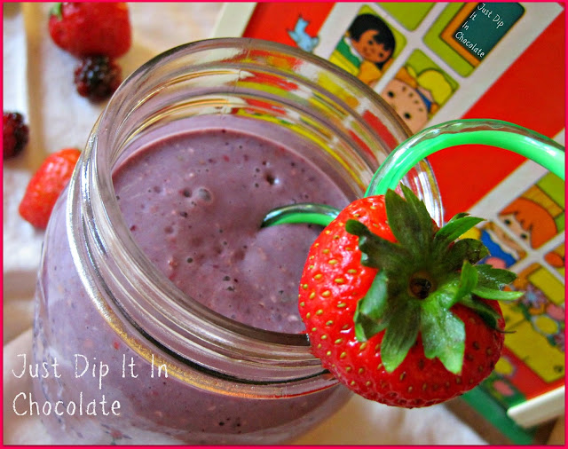 Summer Berry Oatmeal Shake getting to school on time could be tricky some mornings, send them of with this no cook, no sitting down, On The Go delicious and nutritious Oatmeal Shake!