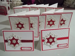 Christmas card made with the Stampin'UP!'s Festive Flurry Snowflake Die and Stylish Stripes embossing folder