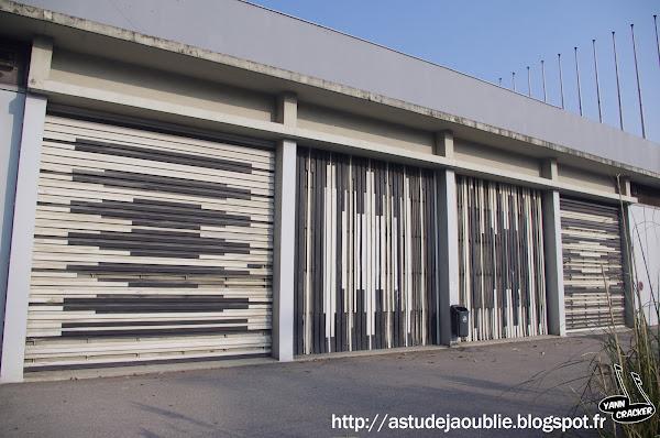 Grenoble - Tribunes de l'Anneau de vitesse  Œuvre de Victor Vasarely  Date création: 1968
