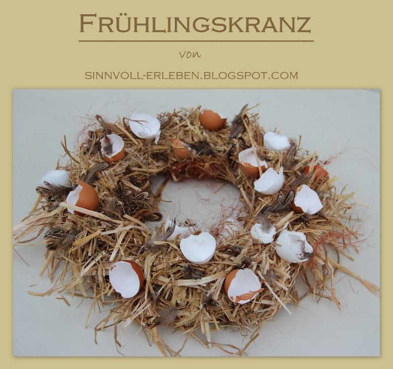 Osterkranz aus Stroh und Eierschalen