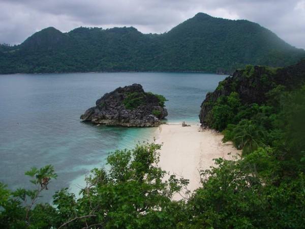 Hunungan Island