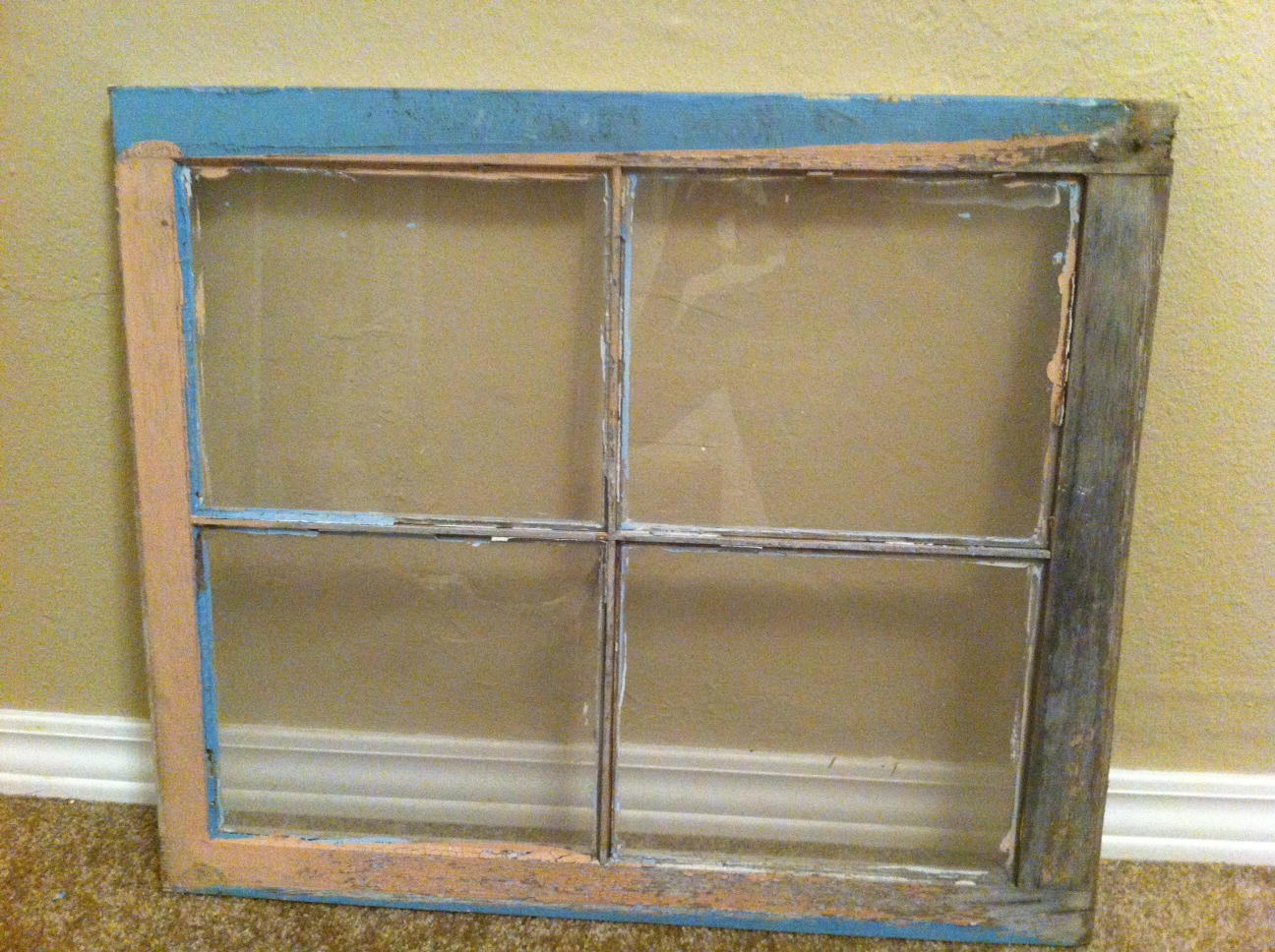 Vintage window frames hardcore home porn for Using old windows as picture frames