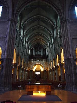 Nave principal de la Iglesia de San Martín de Pau