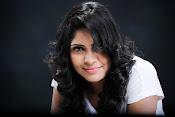 Actress Shaarika photo session gallery-thumbnail-2