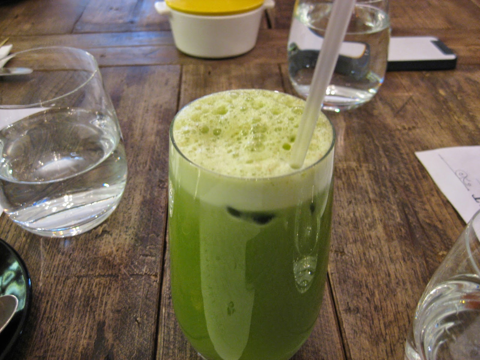 Cassie Cakes Review of Spring: green juice