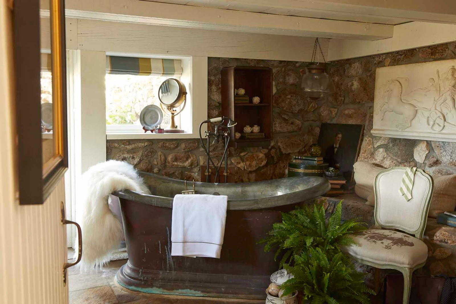 Styled In The Same Strait Up English Colonial Manner This Bath Continues The Design Preserving As Much As Possible What Was Left Behind By The Masters