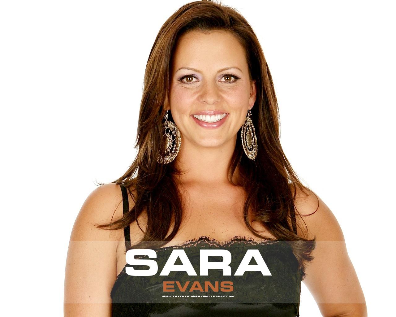 Sara Evans With Wide Button