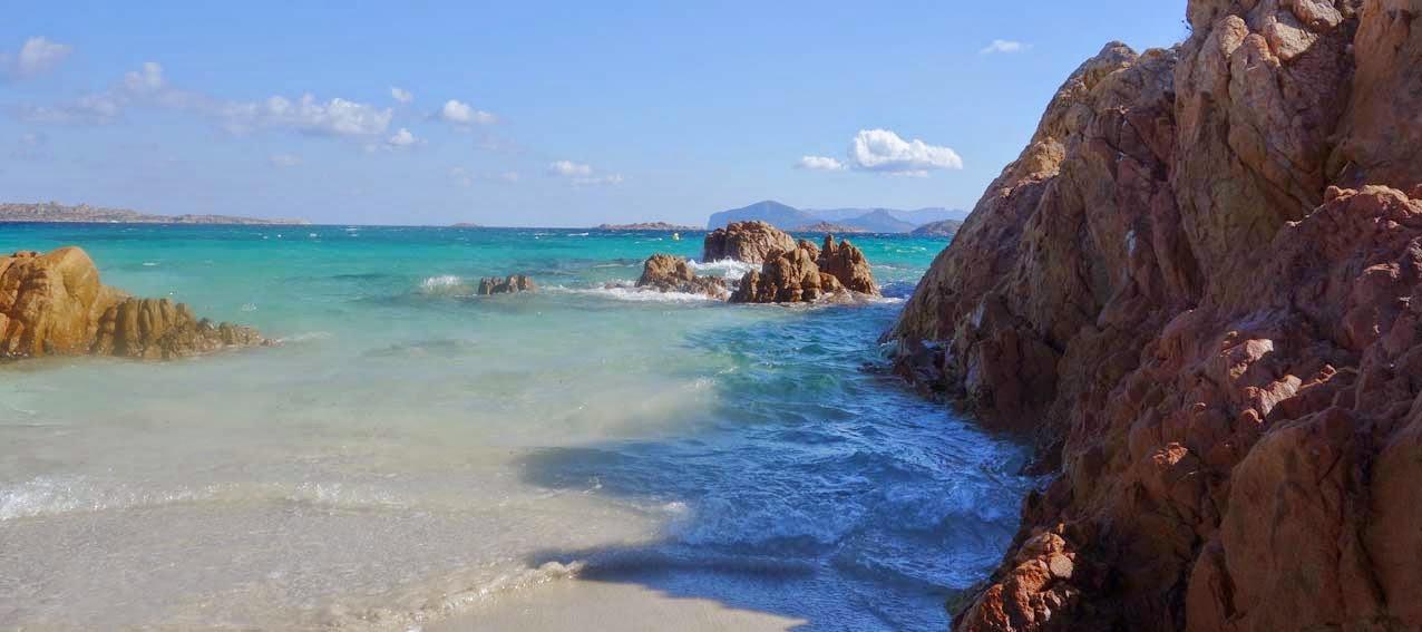 La plage la plus romantique du nord est de la Sardaigne