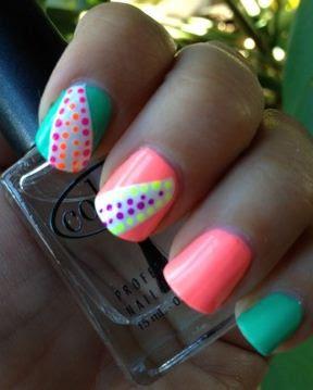 Imágenes de uñas pintadas fáciles