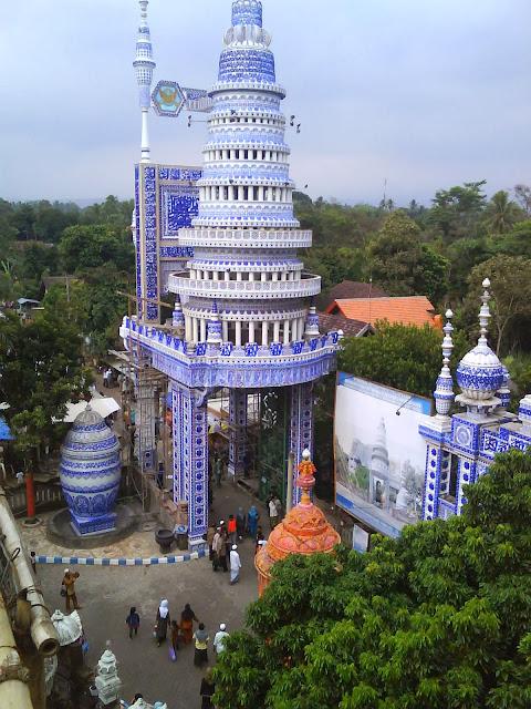 Masjid Tiban di Malang