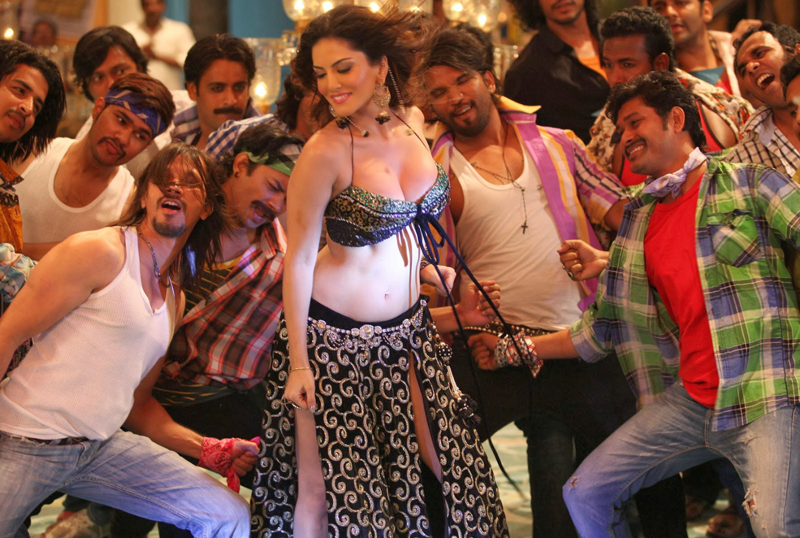 Sunny Leone Laila Song images photos HD wallpapers
