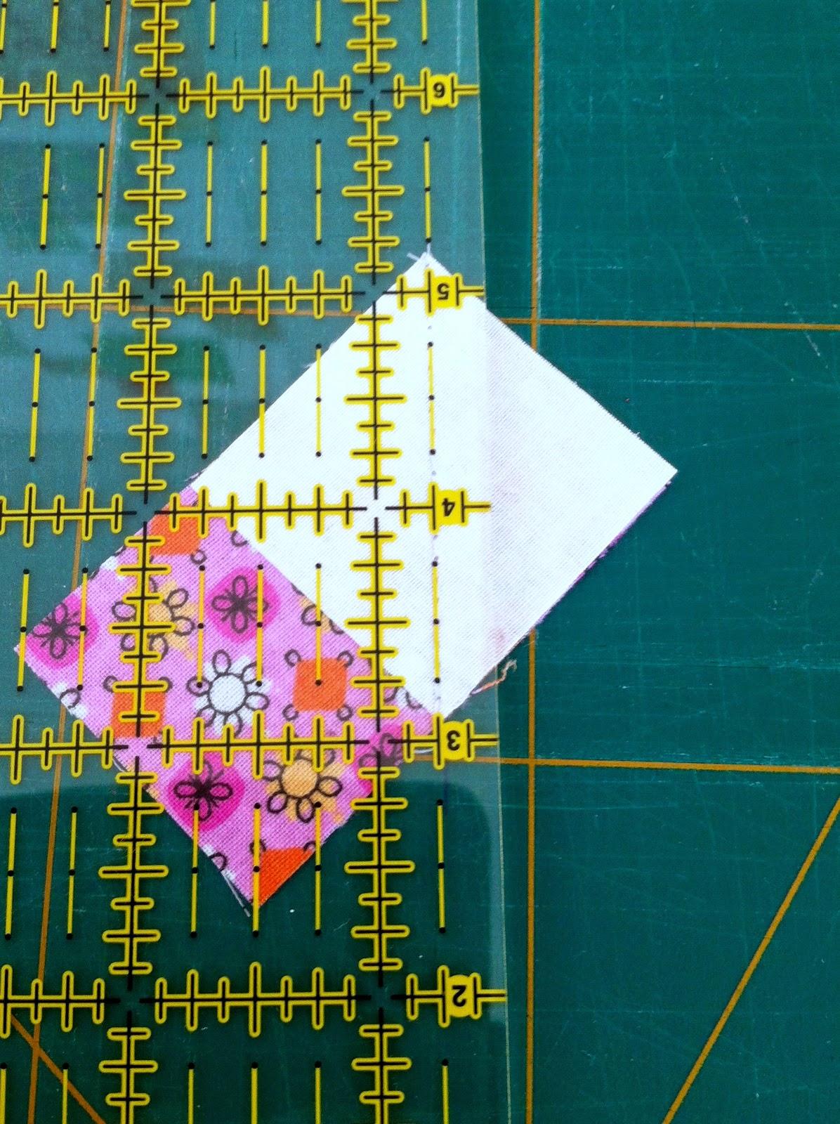 Snijden stof voor patchworkblok flying geese