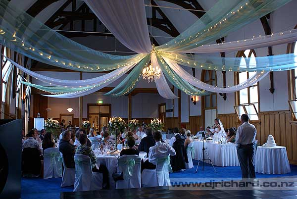 Interior design ideas wonderful wedding venue decoration for Pictures of wedding venues decorated